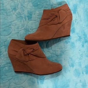 Chinese laundry viveca bootie deep rose